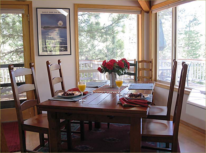 The large 3 bedroom, Mt Bachelor vacation rentals home sleeps 10 guests